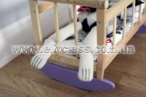 вместительная кроватка для куклы